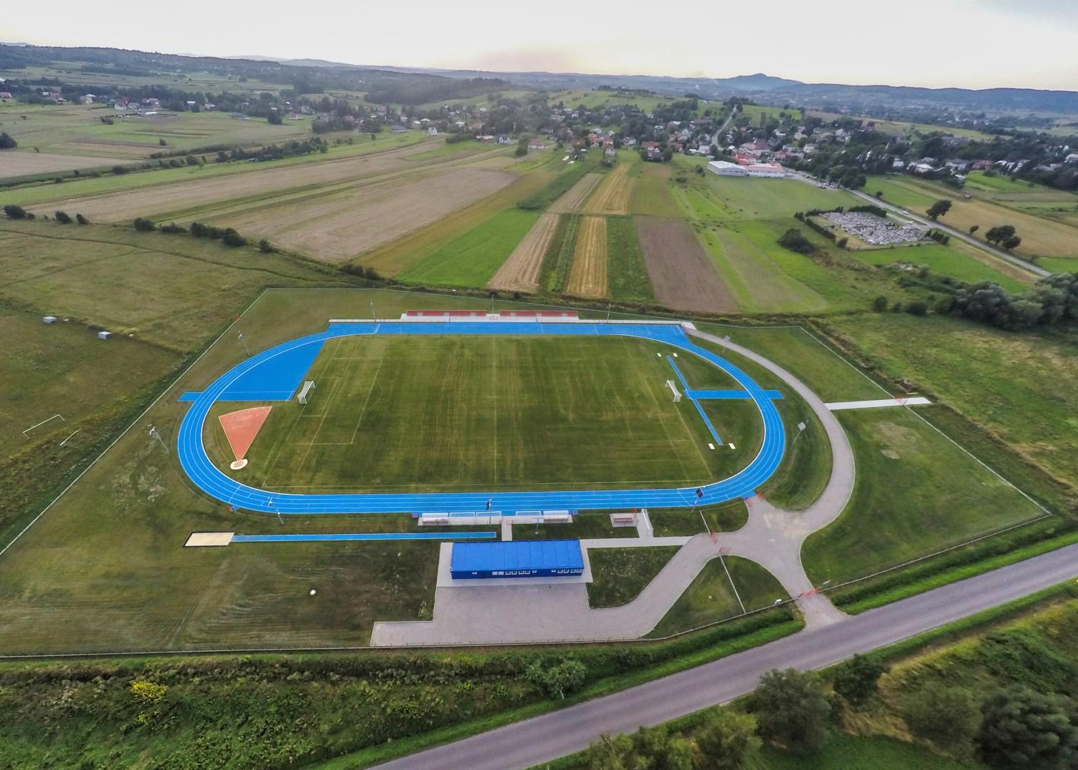 Stadion Piłkarsko Lekkoatletyczny w Czeluśnicy